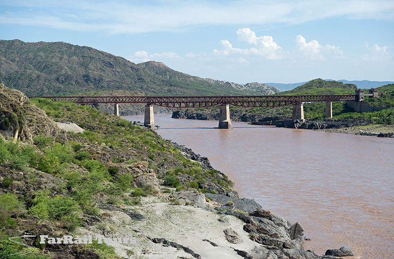 Pakistan: bridge over the mighty river Indus in Attock Khurd